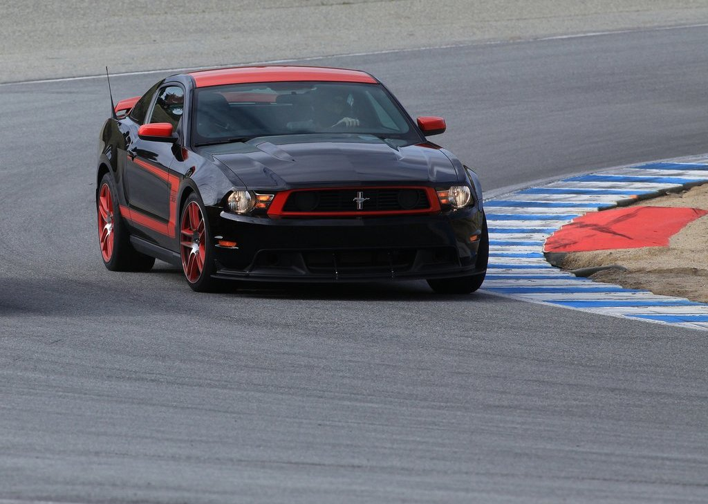 2013 Ford Mustang Boss 302 Laguna Seca Front (Photo 9 of 21)