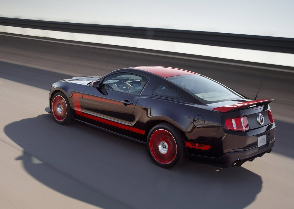 2013 Ford Mustang Boss 302 Laguna Seca Rear Angle (Photo 16 of 21)