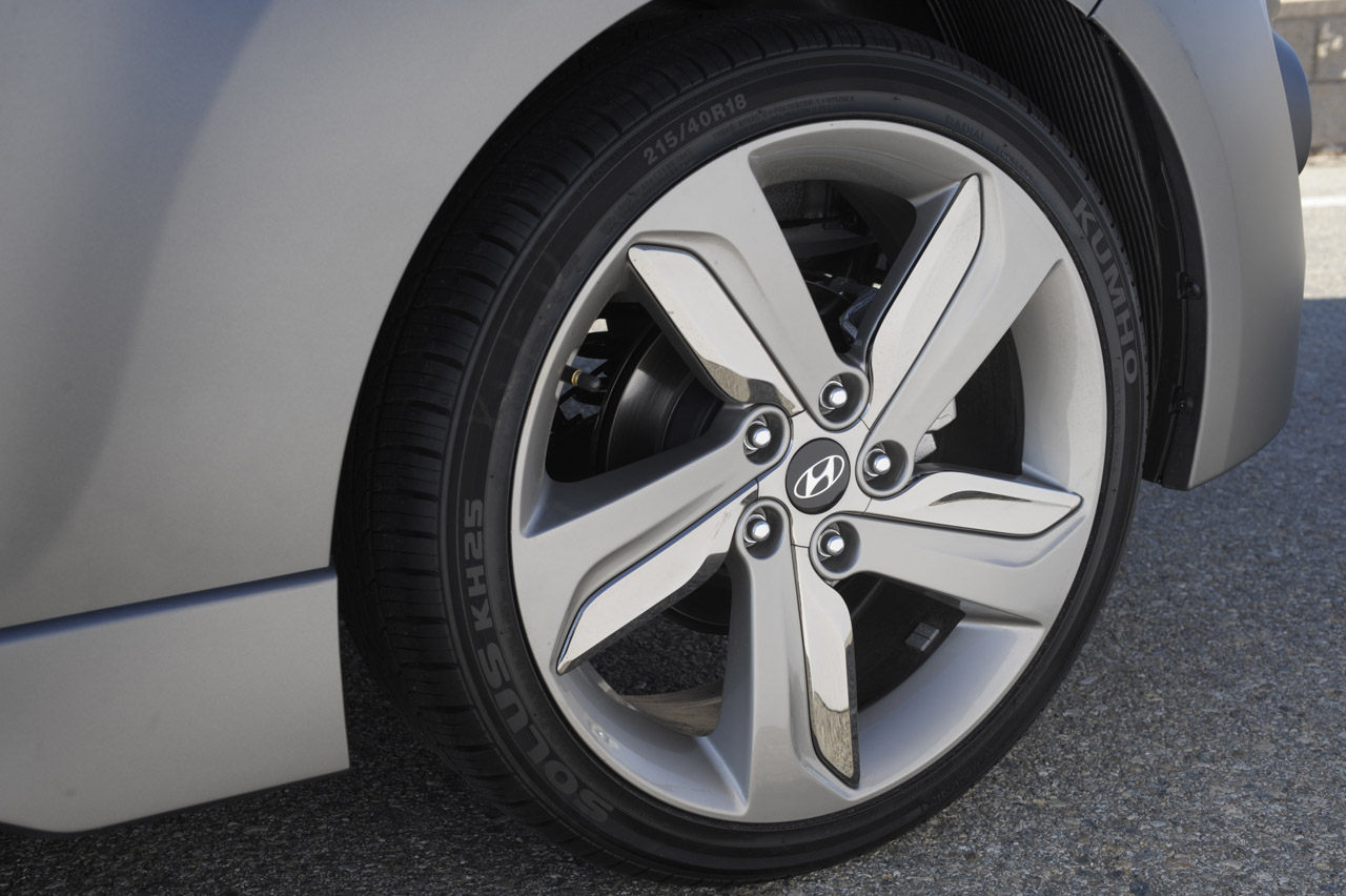 2013 Hyundai Veloster Turbo Wheels (Photo 11 of 11)
