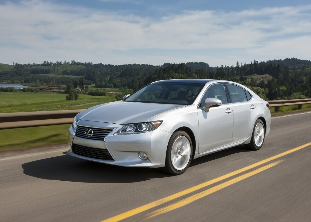 2013 Lexus ES (Photo 1 of 15)