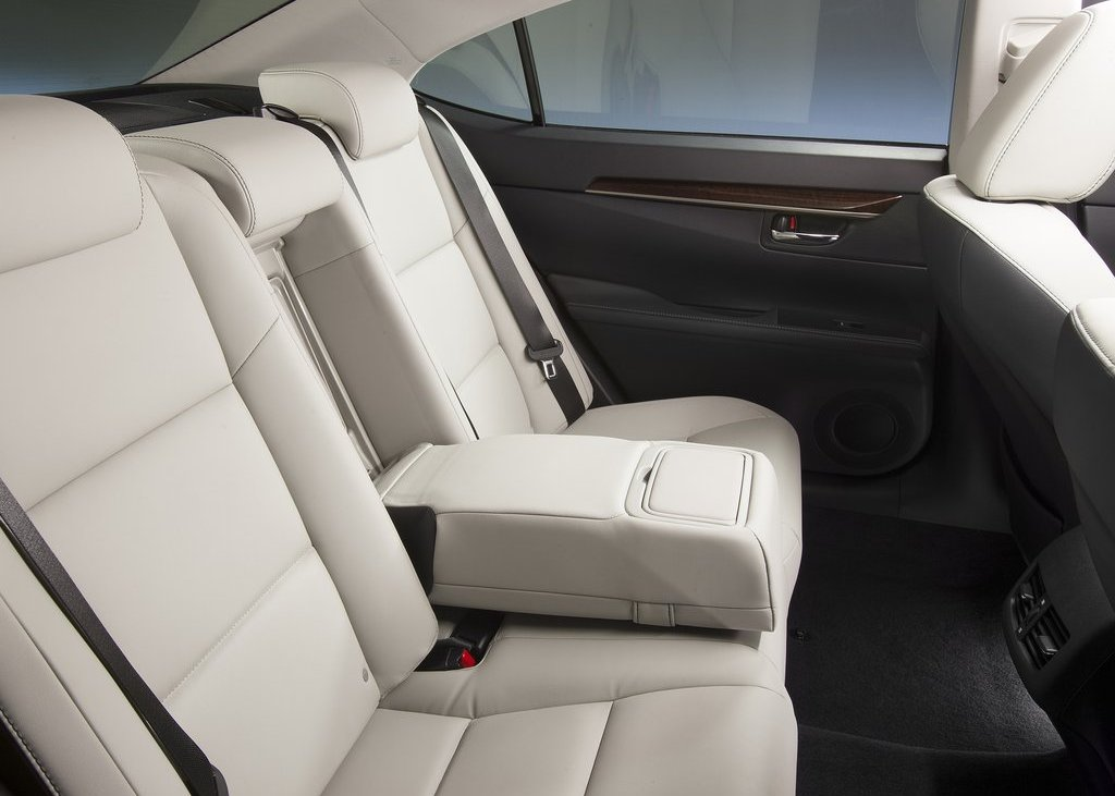 2013 Lexus ES350 Seat (Photo 12 of 15)
