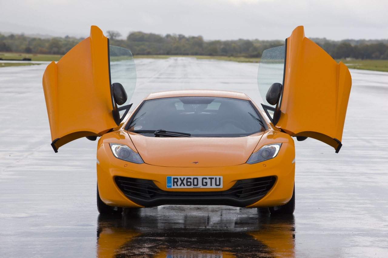 2013 McLaren MP4 12C Front (View 3 of 8)