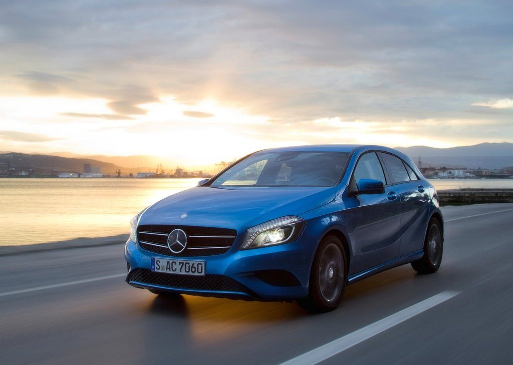2013 Mercedes Benz A Class (Photo 4 of 21)