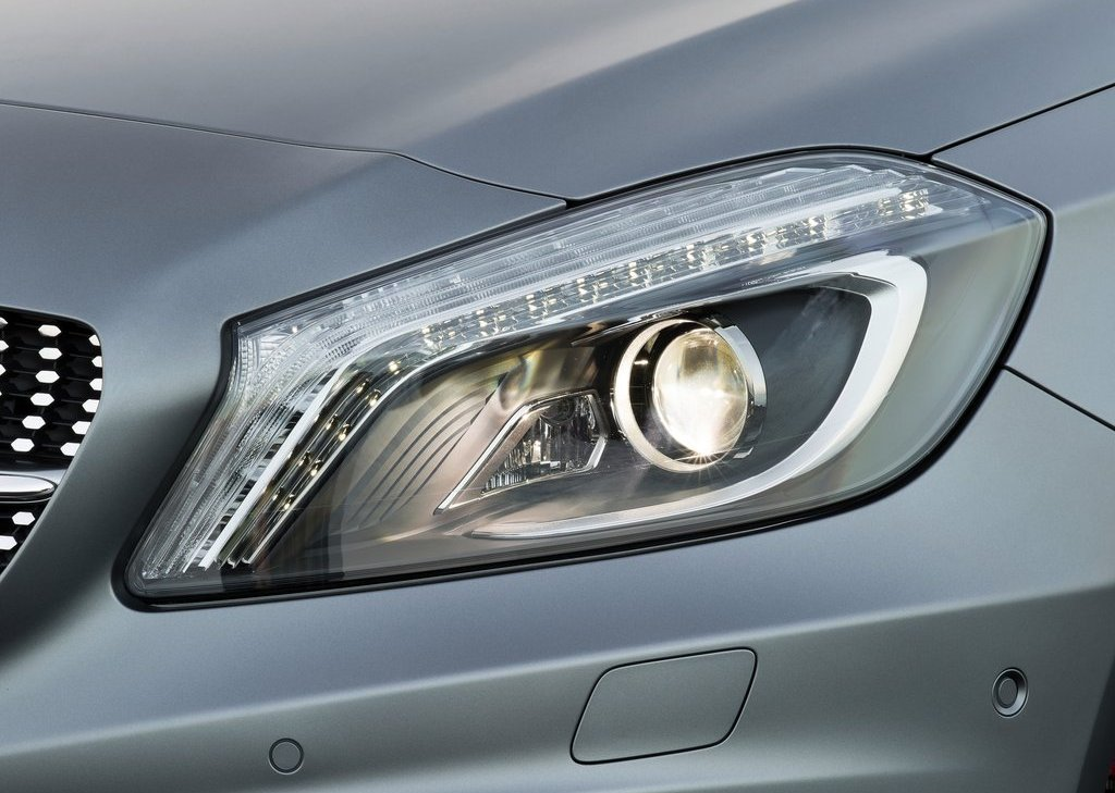 2013 Mercedes Benz A Class Head Lamp (Photo 12 of 21)