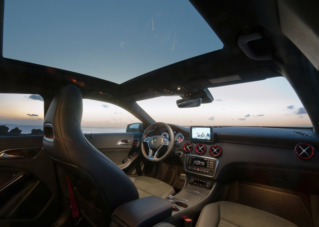 2013 Mercedes Benz A Class Interior (Photo 14 of 21)