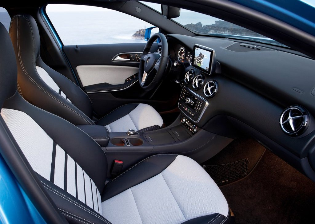 2013 Mercedes Benz A Class Interior  (Photo 17 of 21)
