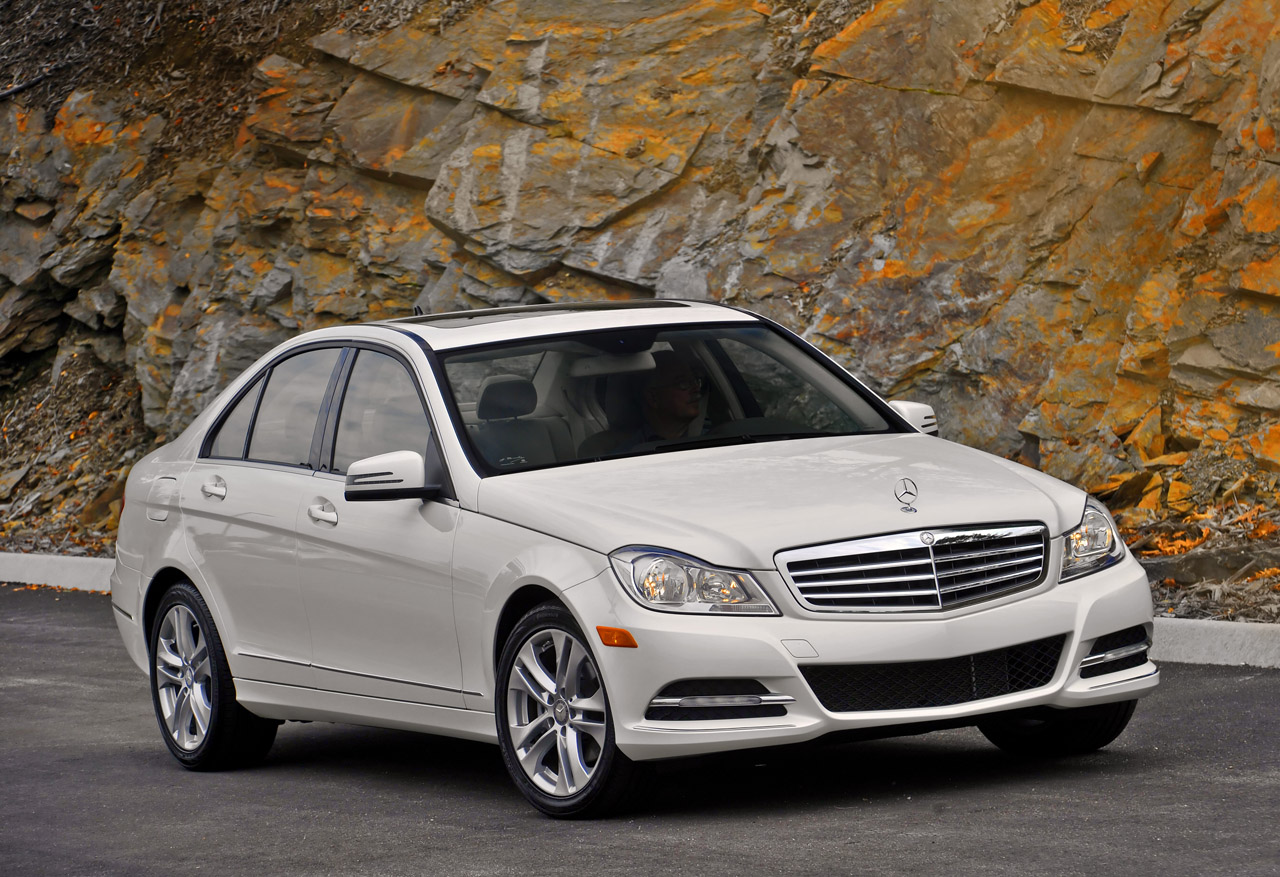 2013 Mercedes Benz C300 4Matic (Photo 1 of 7)