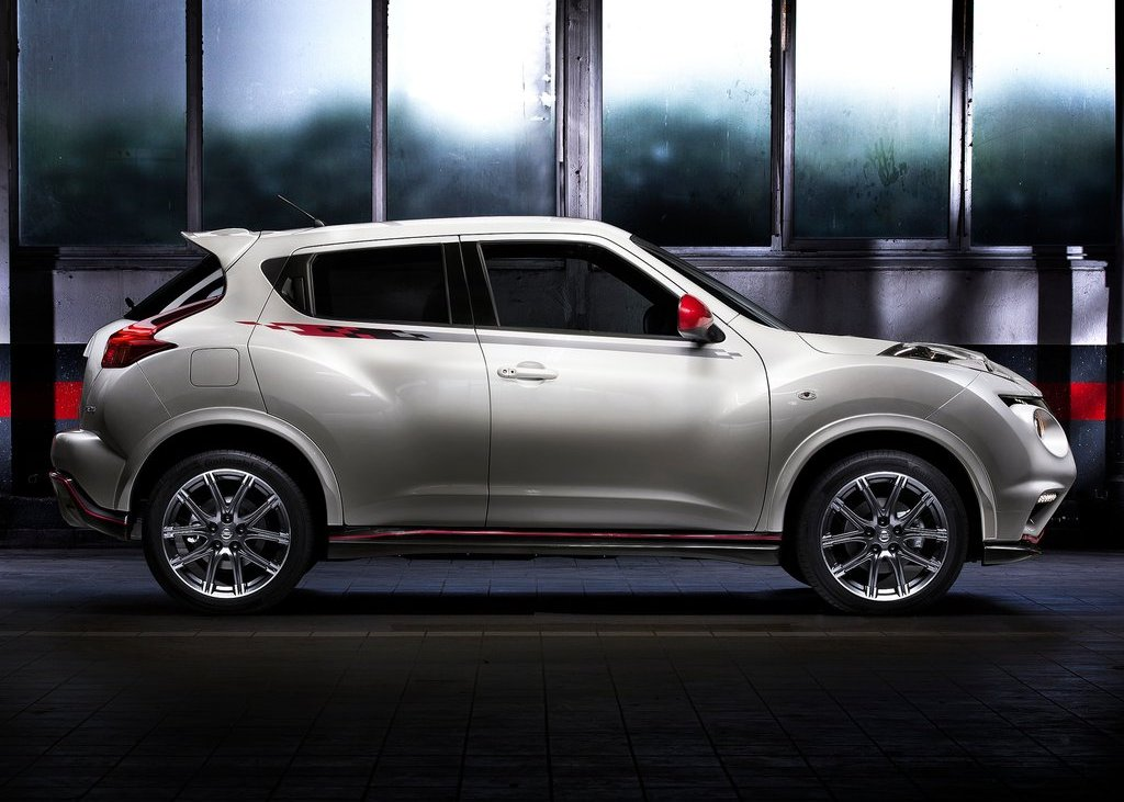 2013 Nissan Juke Nismo Side (Photo 5 of 5)