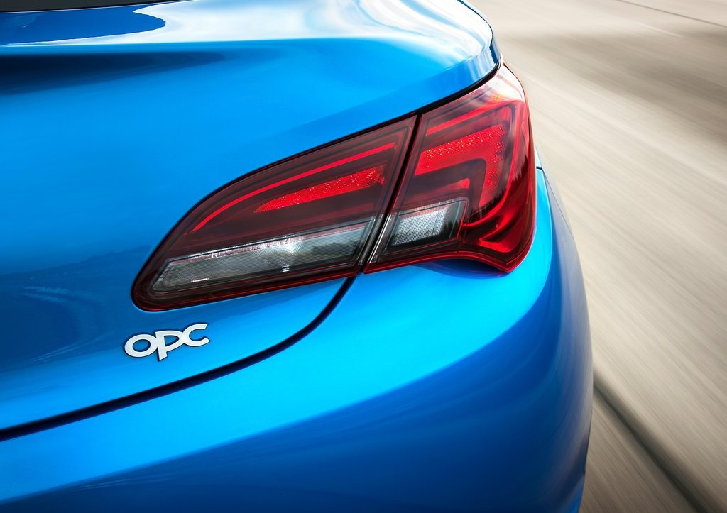 2013 Opel Astra OPC Tail Lamp (Photo 15 of 16)