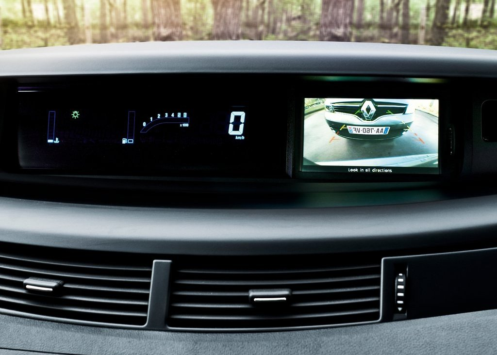 2013 Renault Espace Feature (Photo 1 of 7)
