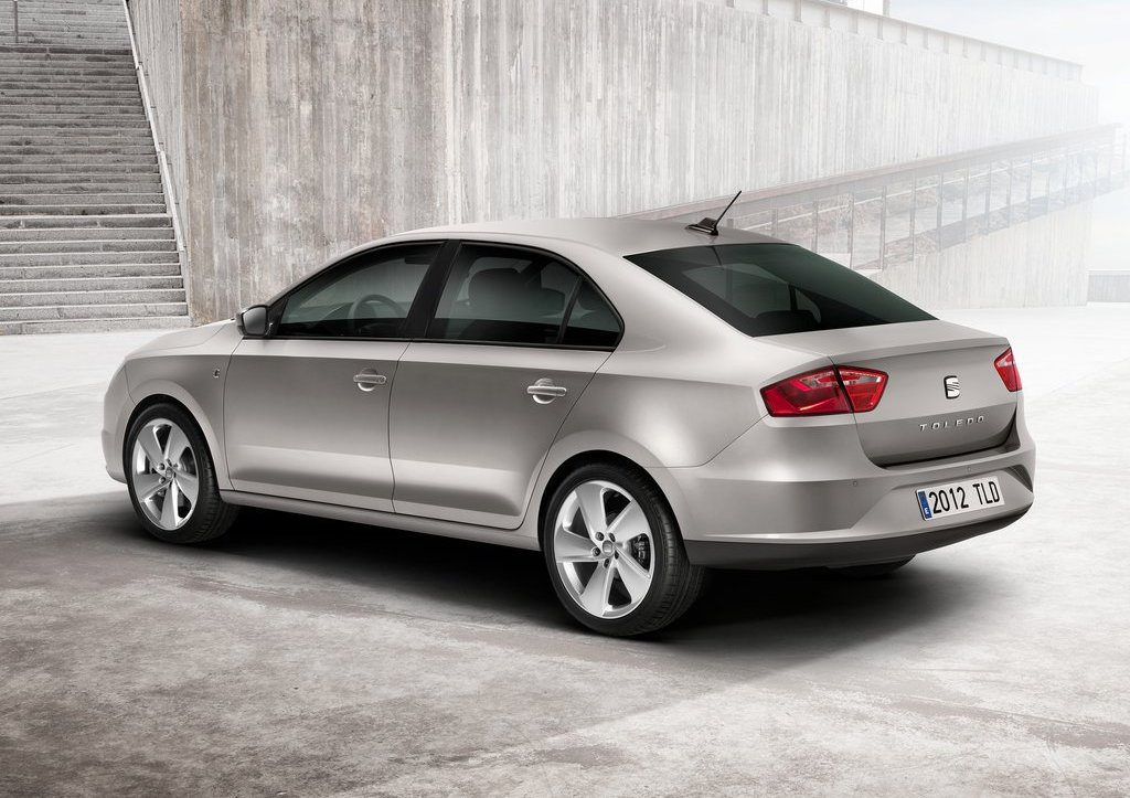 2013 Seat Toledo Rear Angle (View 3 of 7)