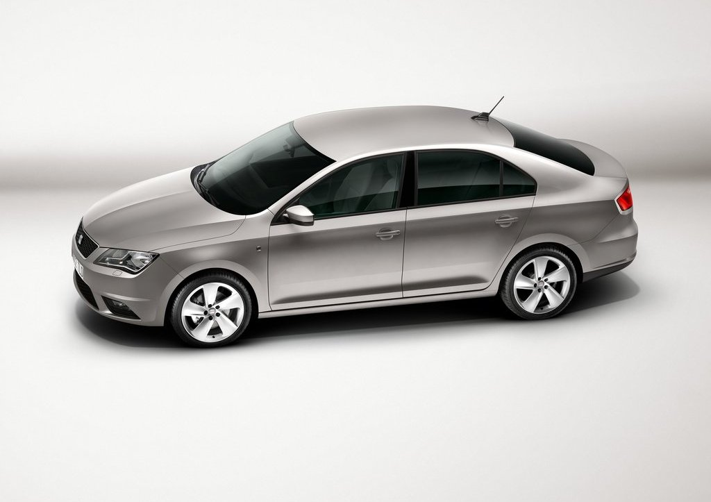 2013 Seat Toledo Side (View 5 of 7)