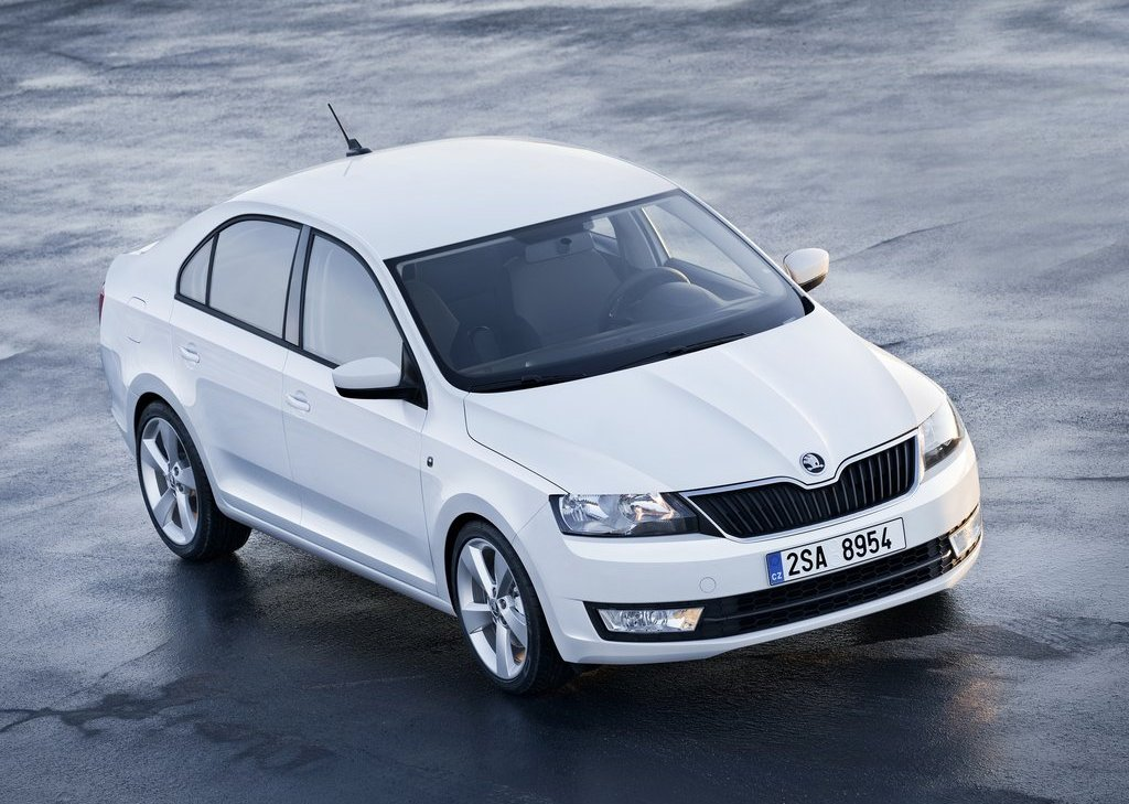 Featured Image of 2013 Skoda Rapid Unveiled At Paris Motor Show
