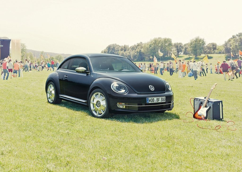 Featured Image of 2013 Volkswagen Beetle Fender Edition Review