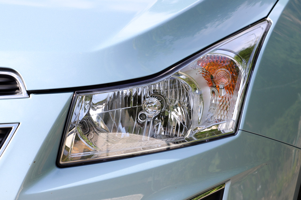 2012 Chevrolet Cruze Wagon Head Lamp (Photo 9 of 17)
