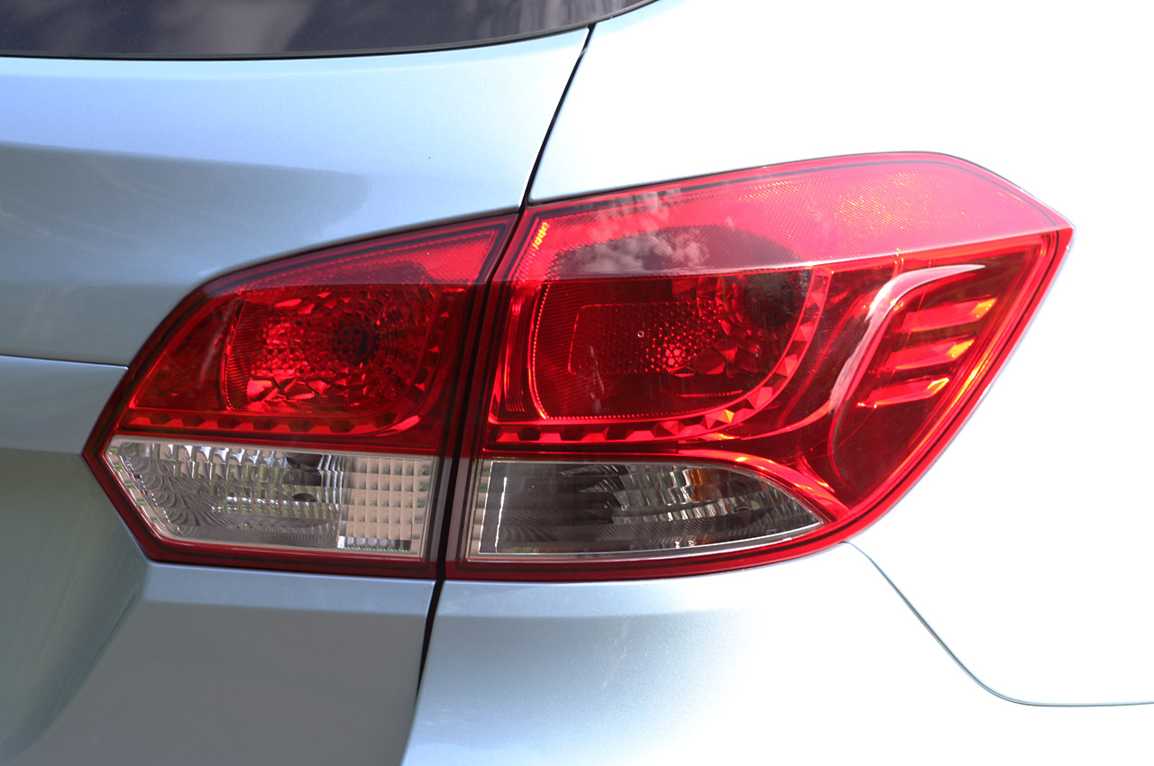 2012 Chevrolet Cruze Wagon Tail Lamp (Photo 16 of 17)