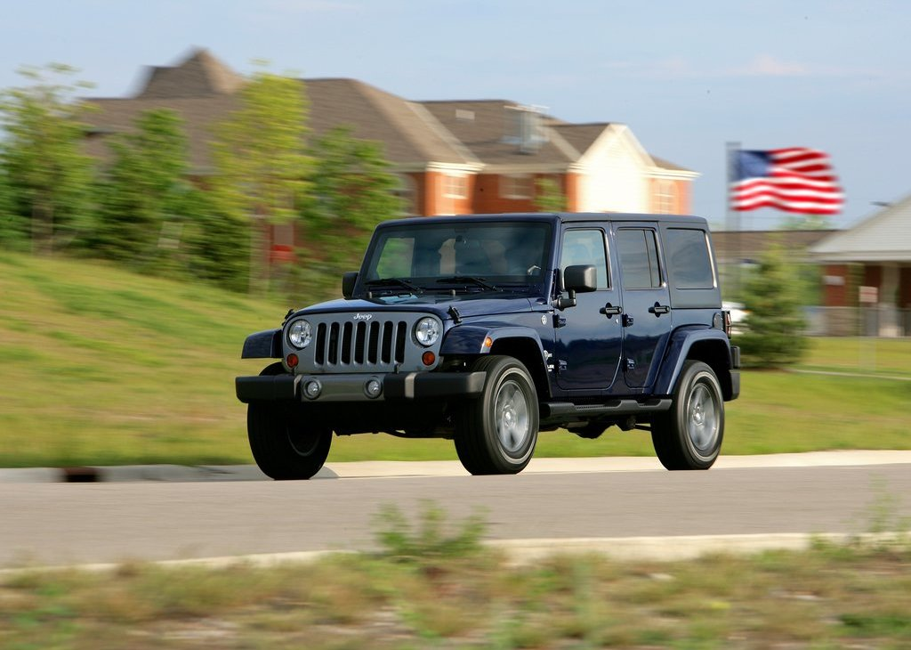 2012 Jeep Wrangler Freedom Edition Front Angle (Photo 4 of 7)