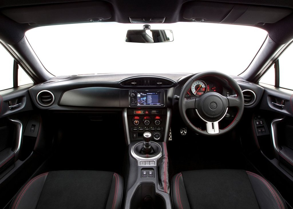2012 Toyota 86 GTS Interior (View 8 of 13)