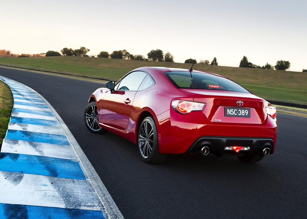 2012 Toyota 86 GTS Rear Angle (View 10 of 13)
