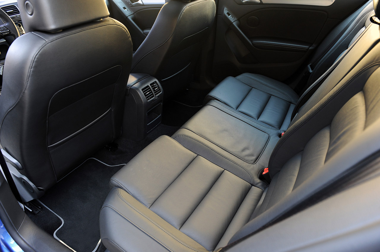 2012 Volkswagen Golf R Back Seat (Photo 2 of 16)