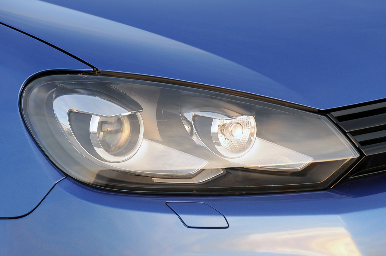 2012 Volkswagen Golf R Head Lamp (Photo 8 of 16)