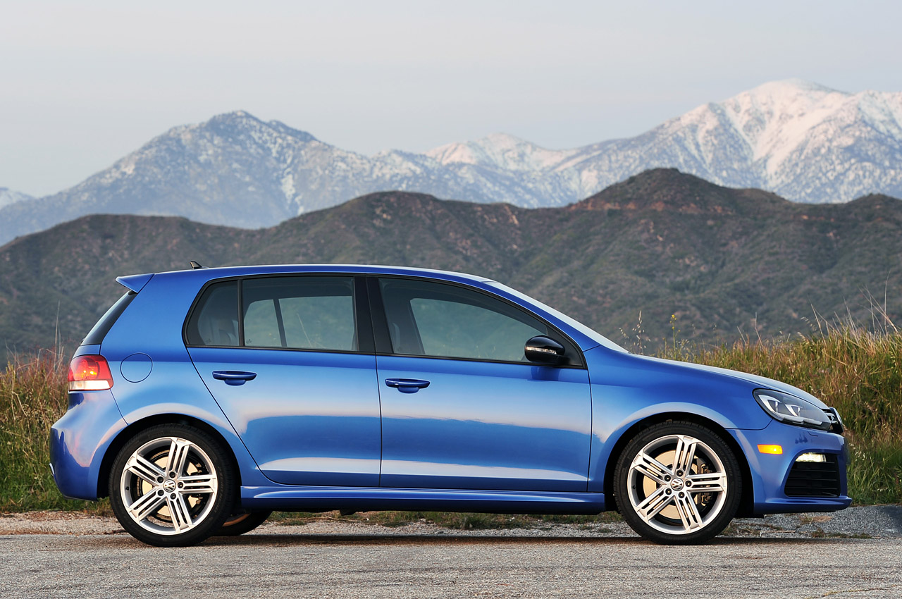 2012 Volkswagen Golf R Side (Photo 13 of 16)