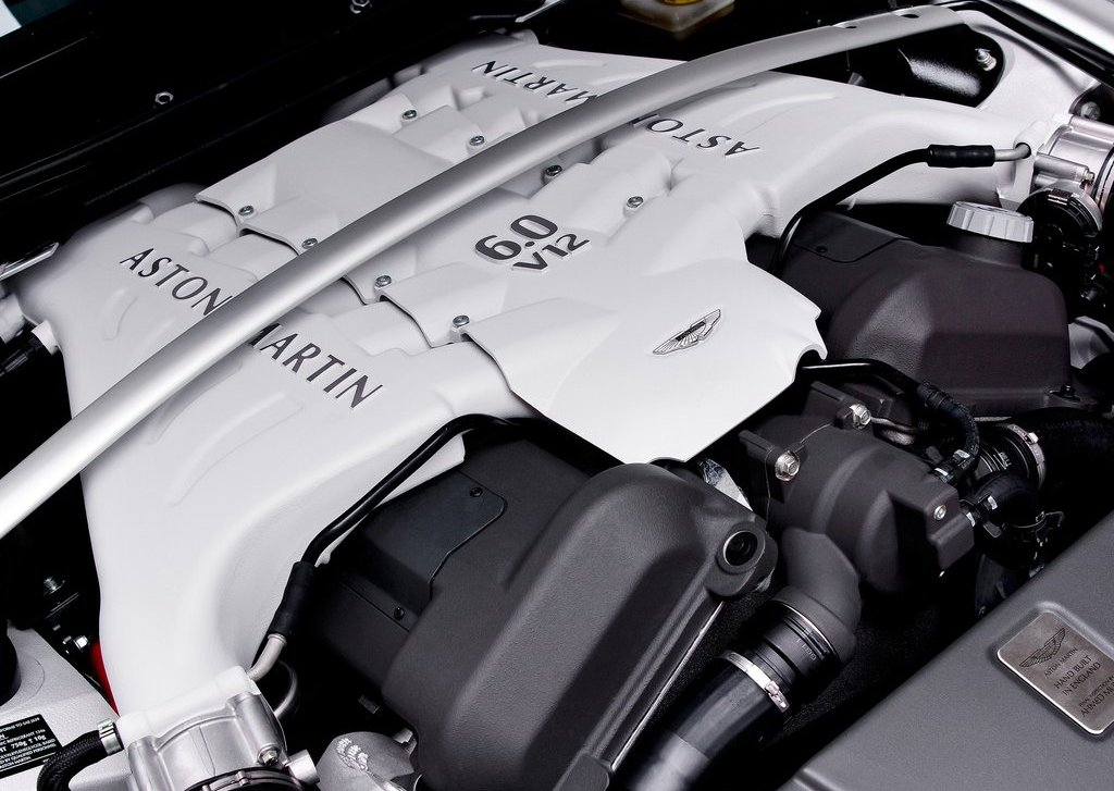 2013 Aston Martin V12 Vantage Roadster Engine (Photo 3 of 12)