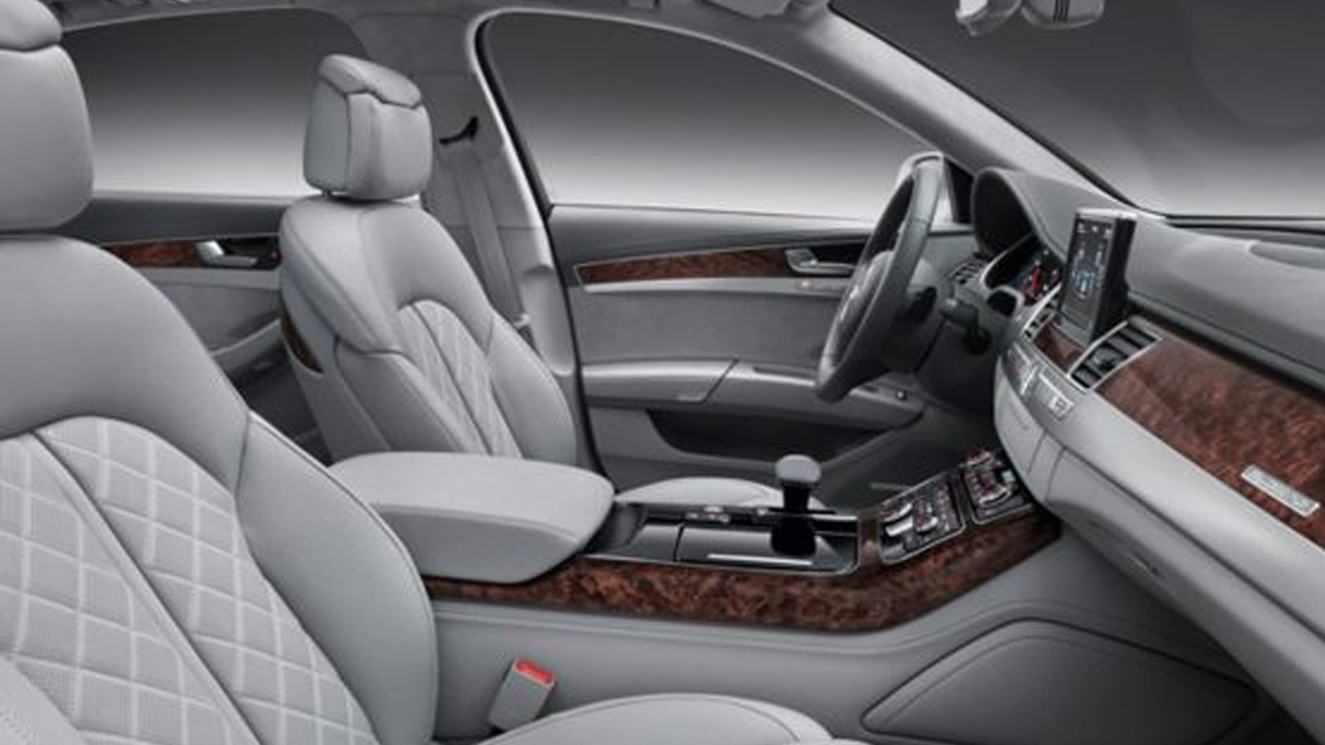 2013 Audi A8 (View 4 of 6)