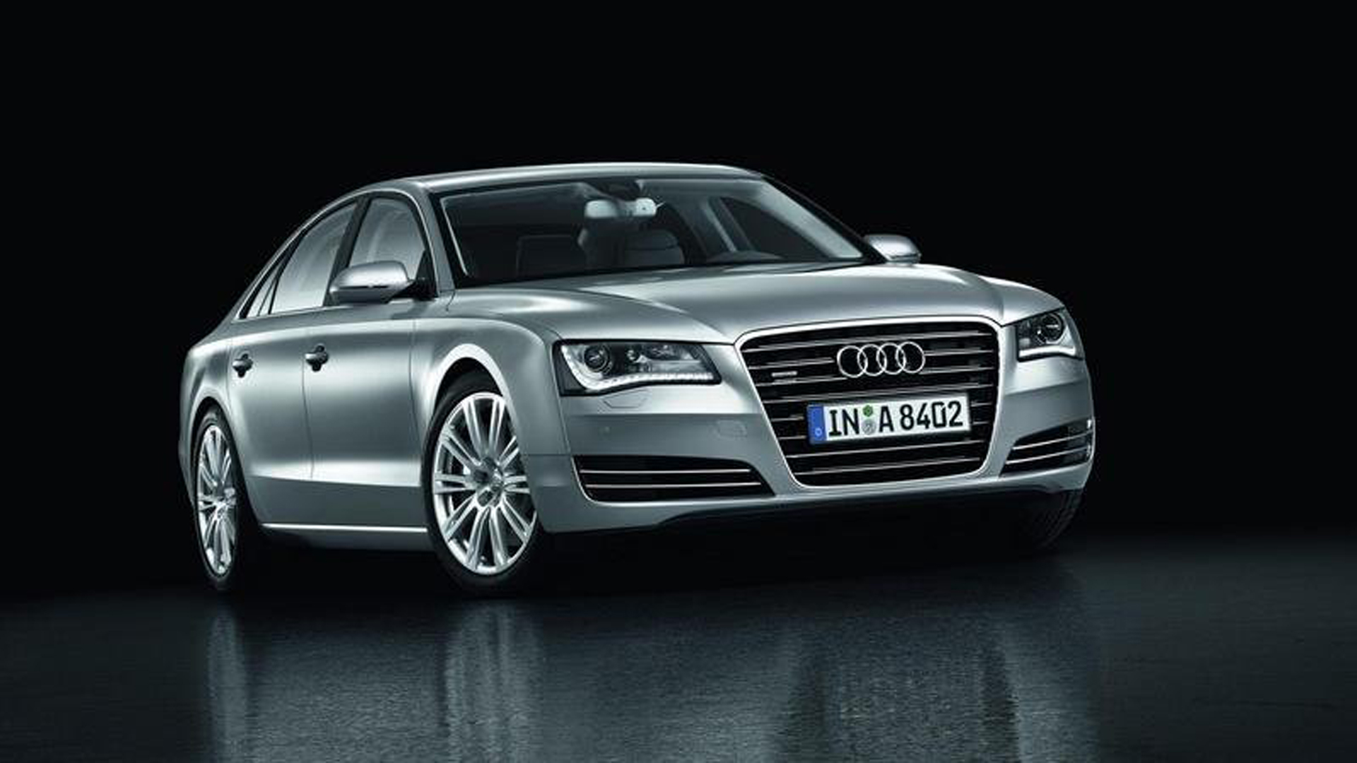 Featured Image of 2013 Audi A8