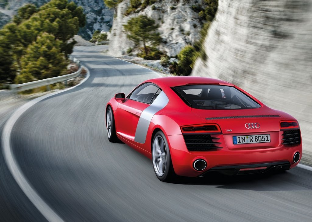 2013 Audi R8 Rear (Photo 4 of 7)
