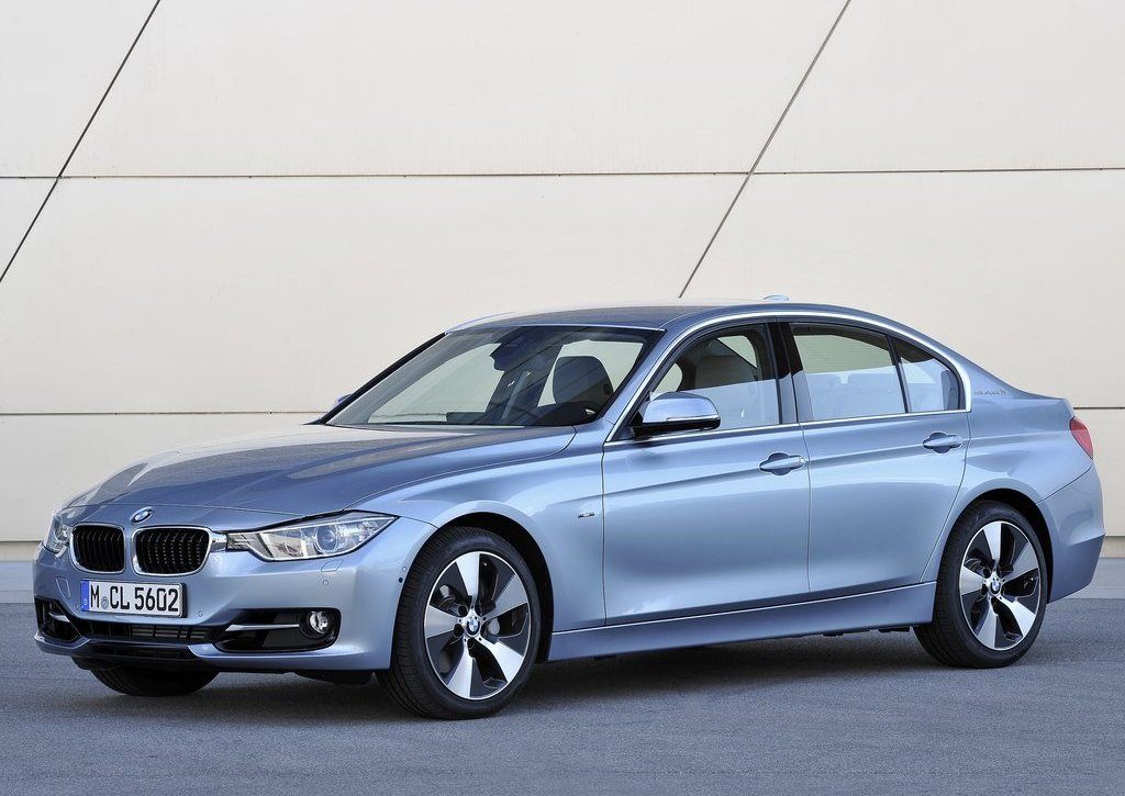 Featured Image of 2013 BMW 3 Series Active Hybrid Review