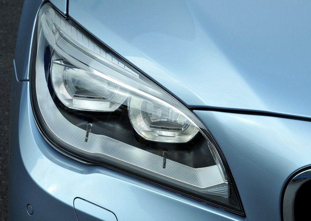 2013 BMW 7 ActiveHybrid Head Lamp (View 6 of 14)