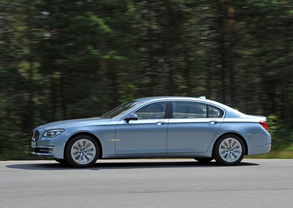 2013 BMW 7 ActiveHybrid Left Side (View 14 of 14)