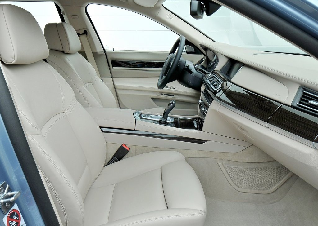 2013 BMW 7 ActiveHybrid Seat (Photo 13 of 14)