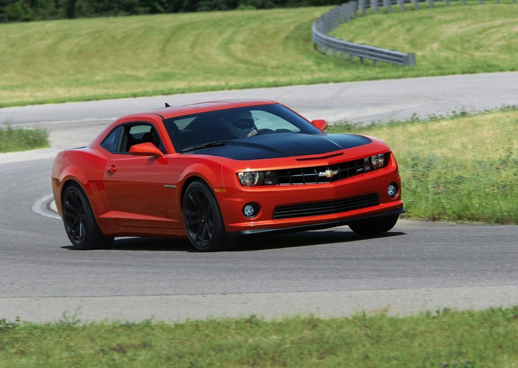 2013 Chevrolet Camaro 1LE Red (Photo 7 of 8)