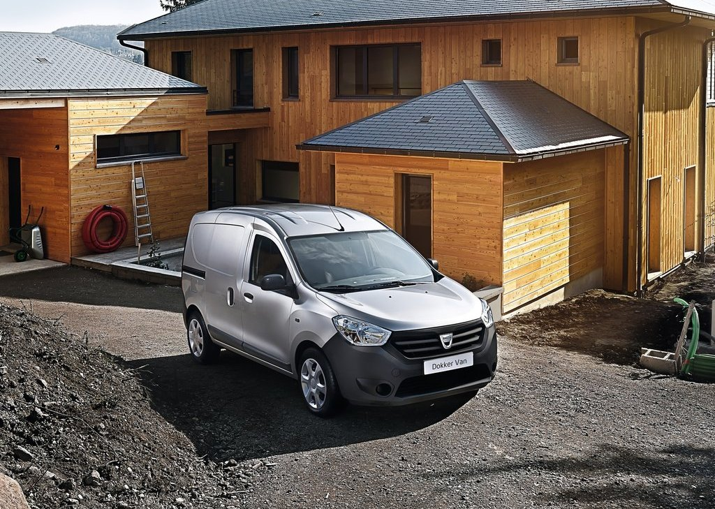 2013 Dacia Dokker Van Front Angle (Photo 7 of 20)