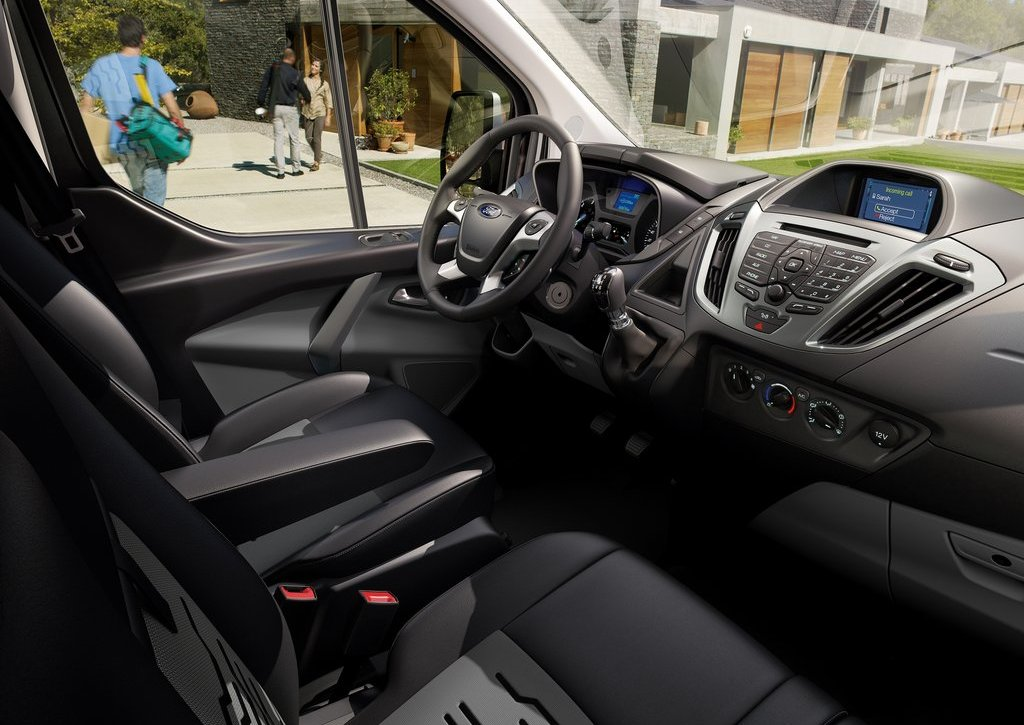 2013 Ford Transit Custom Interior (Photo 12 of 19)