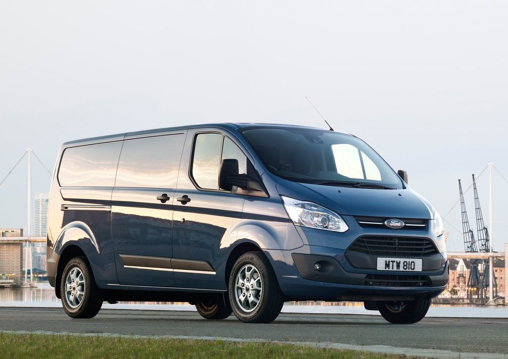 2013 Ford Transit Custom (Photo 2 of 19)