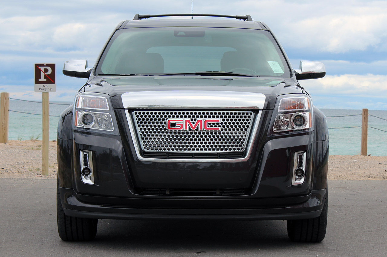2013 GMC Terrain Denali Front (Photo 5 of 16)