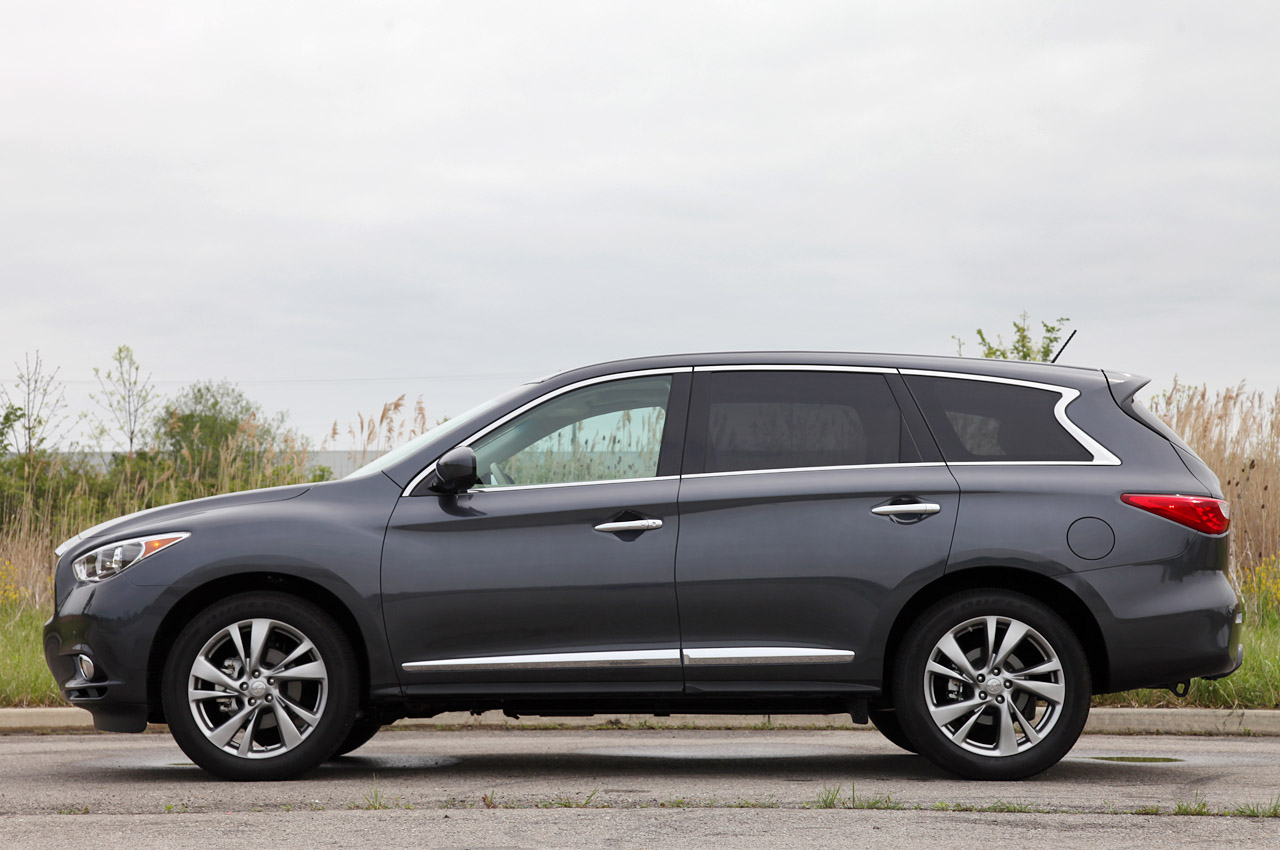 2013 Infiniti JX35 Side (Photo 10 of 12)