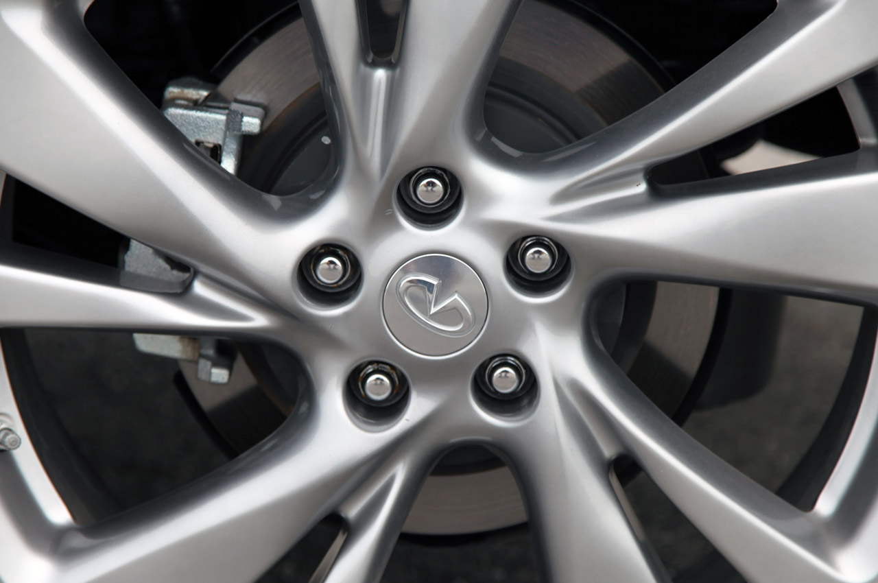 2013 Infiniti JX35 Wheels (Photo 12 of 12)