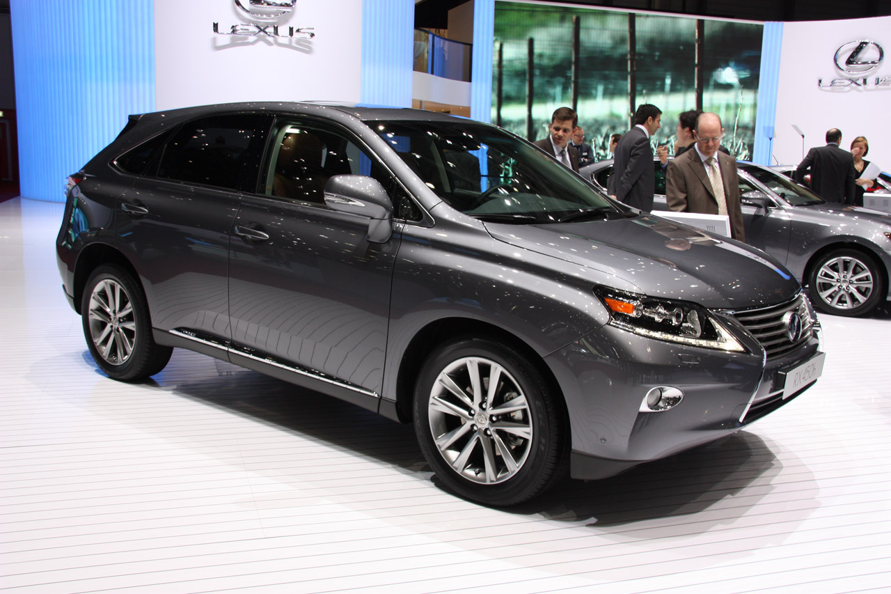 2013 Lexus RX Transferred from Japan to Canada Pictures Gallery (9 Images)