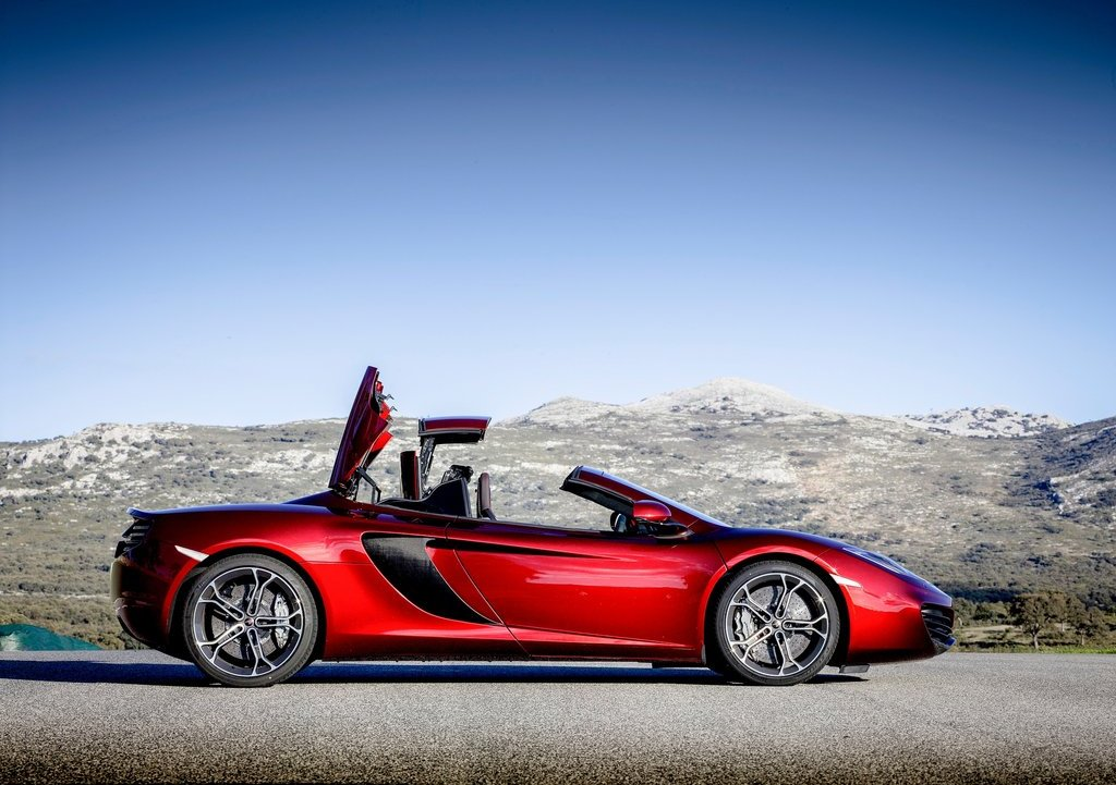 2013 McLaren MP4 12C Spider Right Side (View 5 of 7)