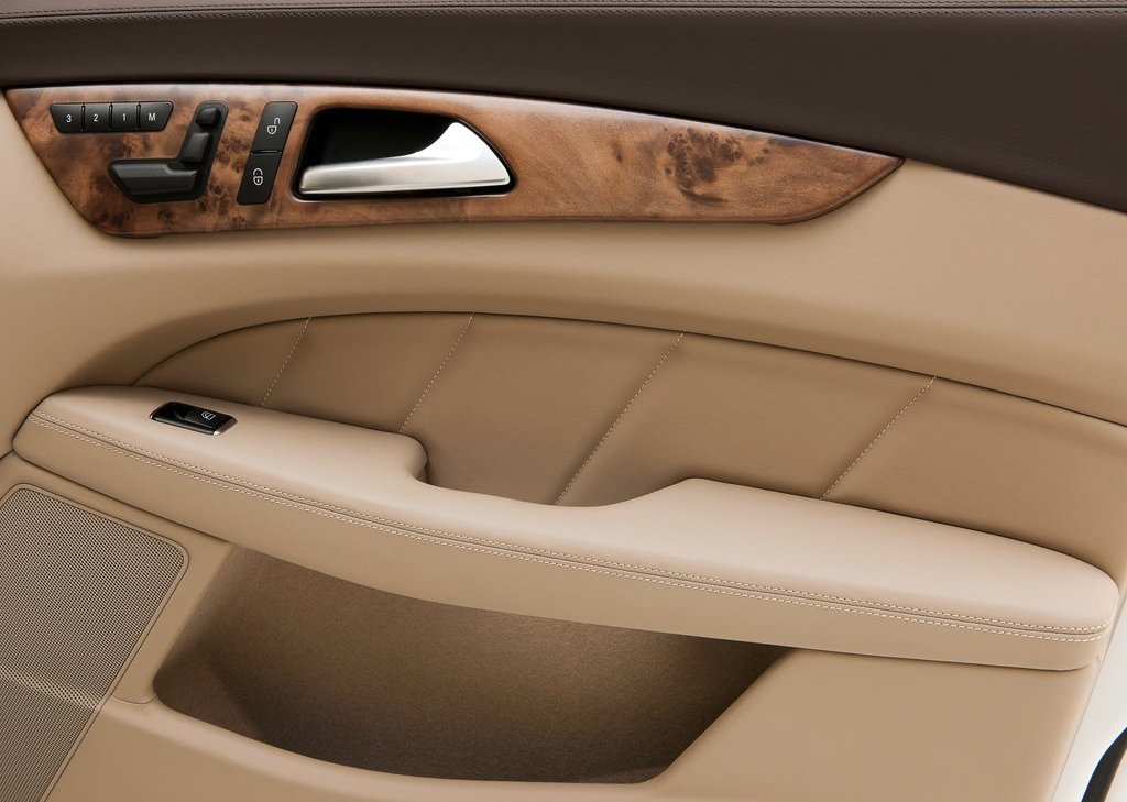 2013 Mercedes Benz CLS Shooting Brake Door (Photo 3 of 18)