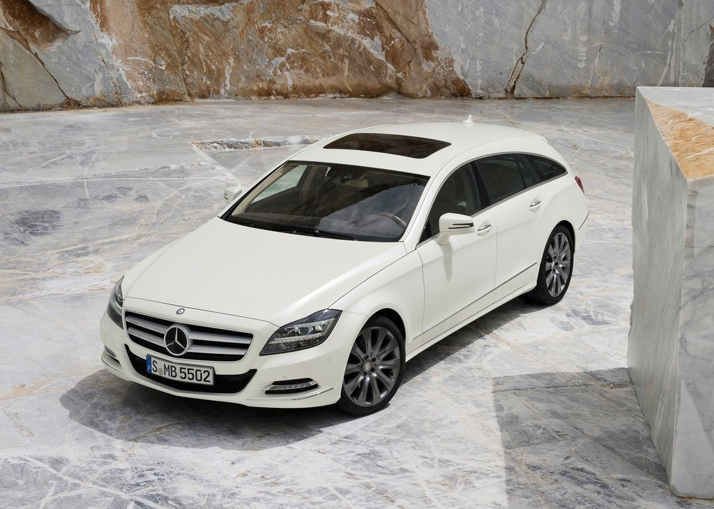 2013 Mercedes Benz CLS Shooting Brake Front Angle (Photo 6 of 18)