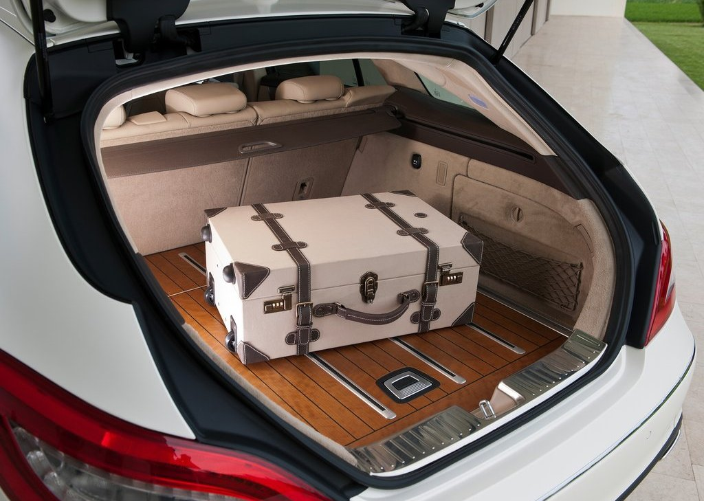 2013 Mercedes Benz CLS Shooting Brake Trunk (Photo 17 of 18)