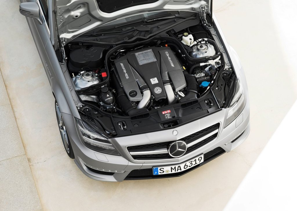 2013 Mercedes Benz CLS63 AMG Shooting Brake Engine (Photo 4 of 8)