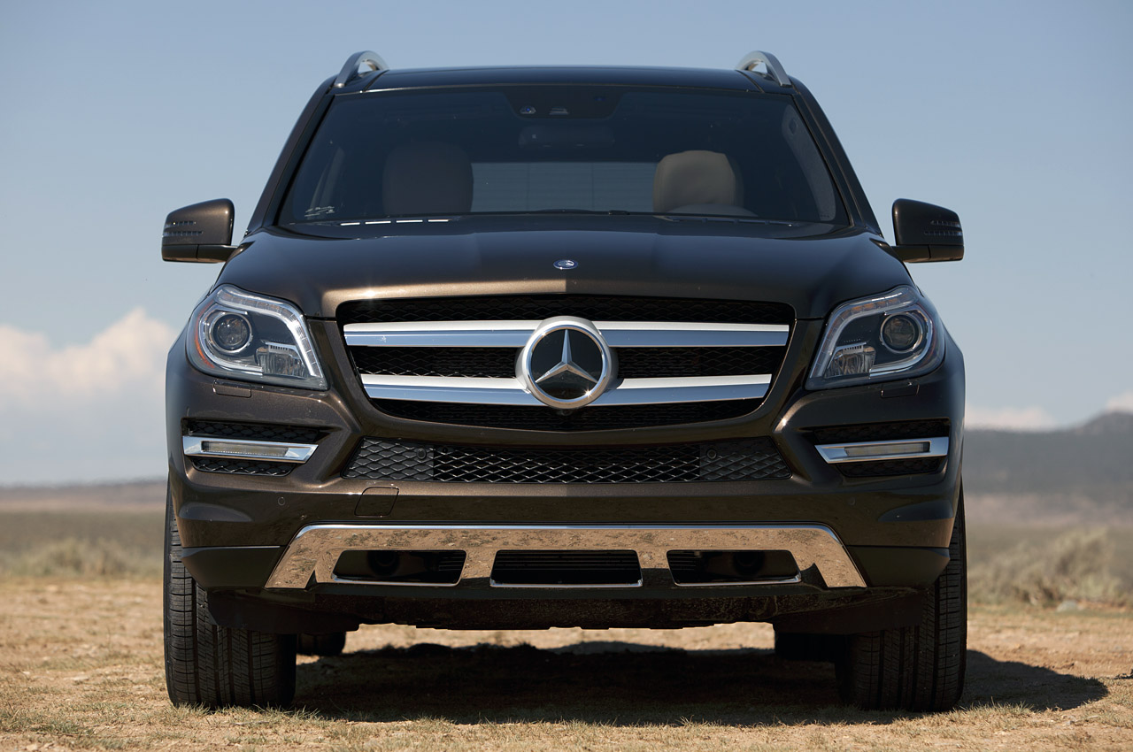 2013 Mercedes Benz GL450 Front View (Photo 5 of 13)