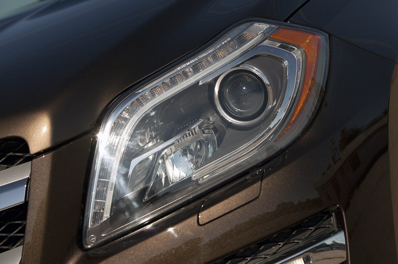 2013 Mercedes Benz GL450 Head Lamp (View 6 of 13)