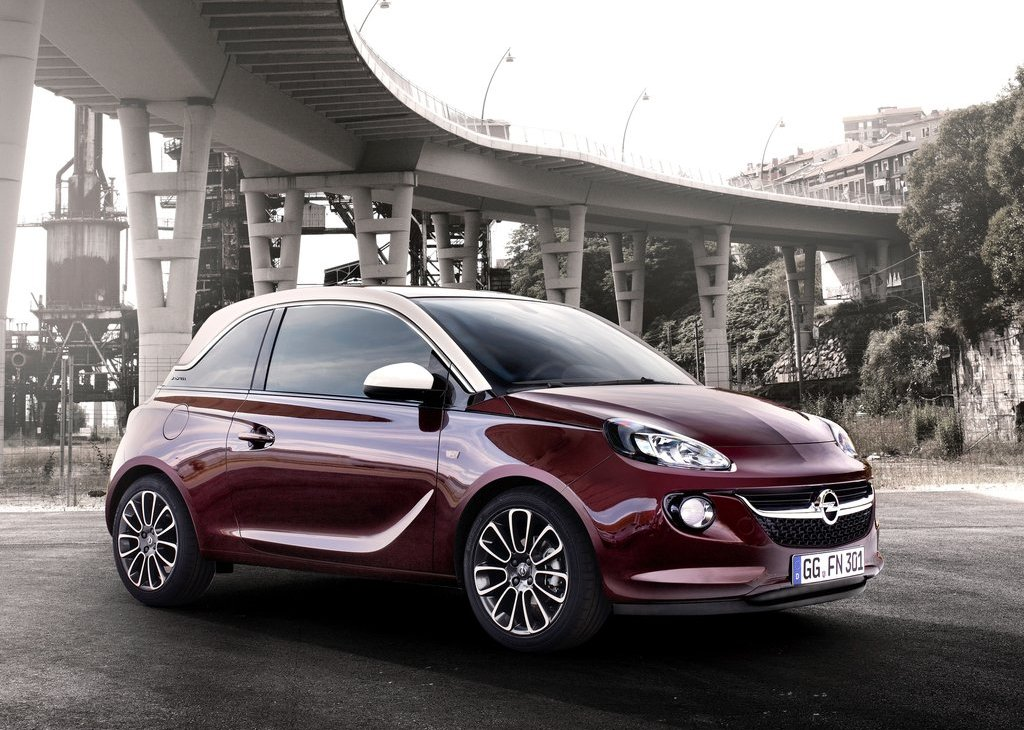 2013 Opel Adam Front Angle (Photo 7 of 9)